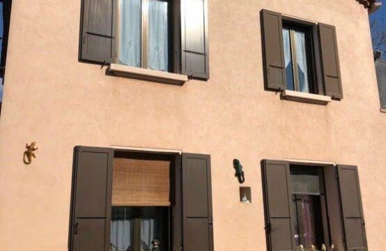 Maison de 238 m² sur terrain de 1178 m²