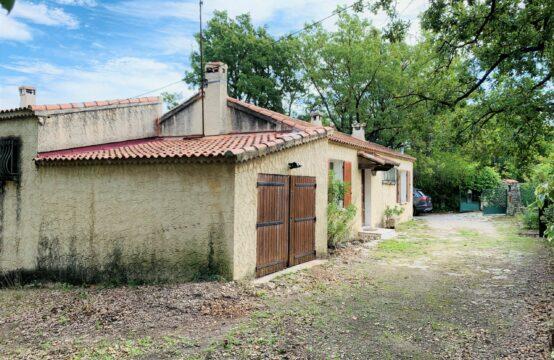 Maison T5 de 104 m² avec garage et jardin