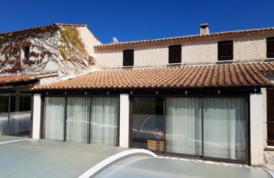 Maison de 429 m² sur terrain de 2951 m²